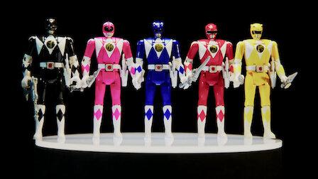 GuardaMighty Morphin Power Rangers. Episodio 2della Stagione3. Un tuffo nel passato con I giocattoli della nostra infanzia su Netflix