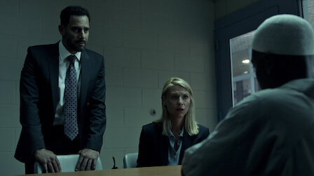 GuardaL'uomo nel seminterrato. Episodio 2della Stagione6.