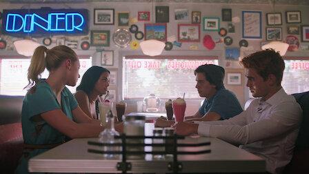 """Guarda Capitolo trentasei: """"Labor Day"""". Episodio 1della Stagione3. Guarda ora tutta la Stagione 3 di Riverdale su Netflix"""